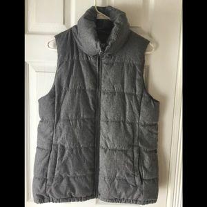 Old Navy ladies grey vest